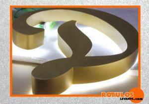Letras aluminio retroiluminadas