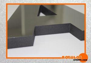 Pvc efecto forja con frontal de acero inox