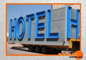 Letra luminosa hotel
