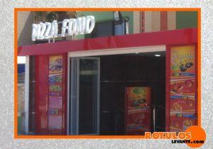 Letras corpóreas pizzería