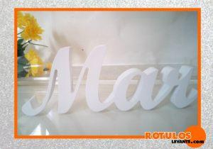 Letras baratas decoración