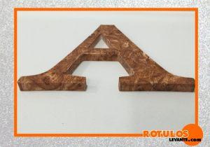 Letras efecto madera 3d