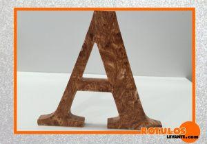 Letras efecto madera