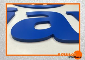 Letras en color pvc