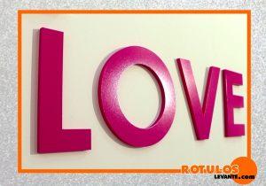 Letras decorativas lacadas