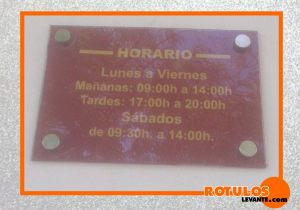 Placa horario metacrilato rotulada