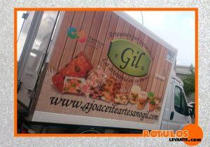 Rotulación camioneta de empresa