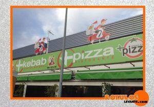 Rótulo pvc con forma pizzería